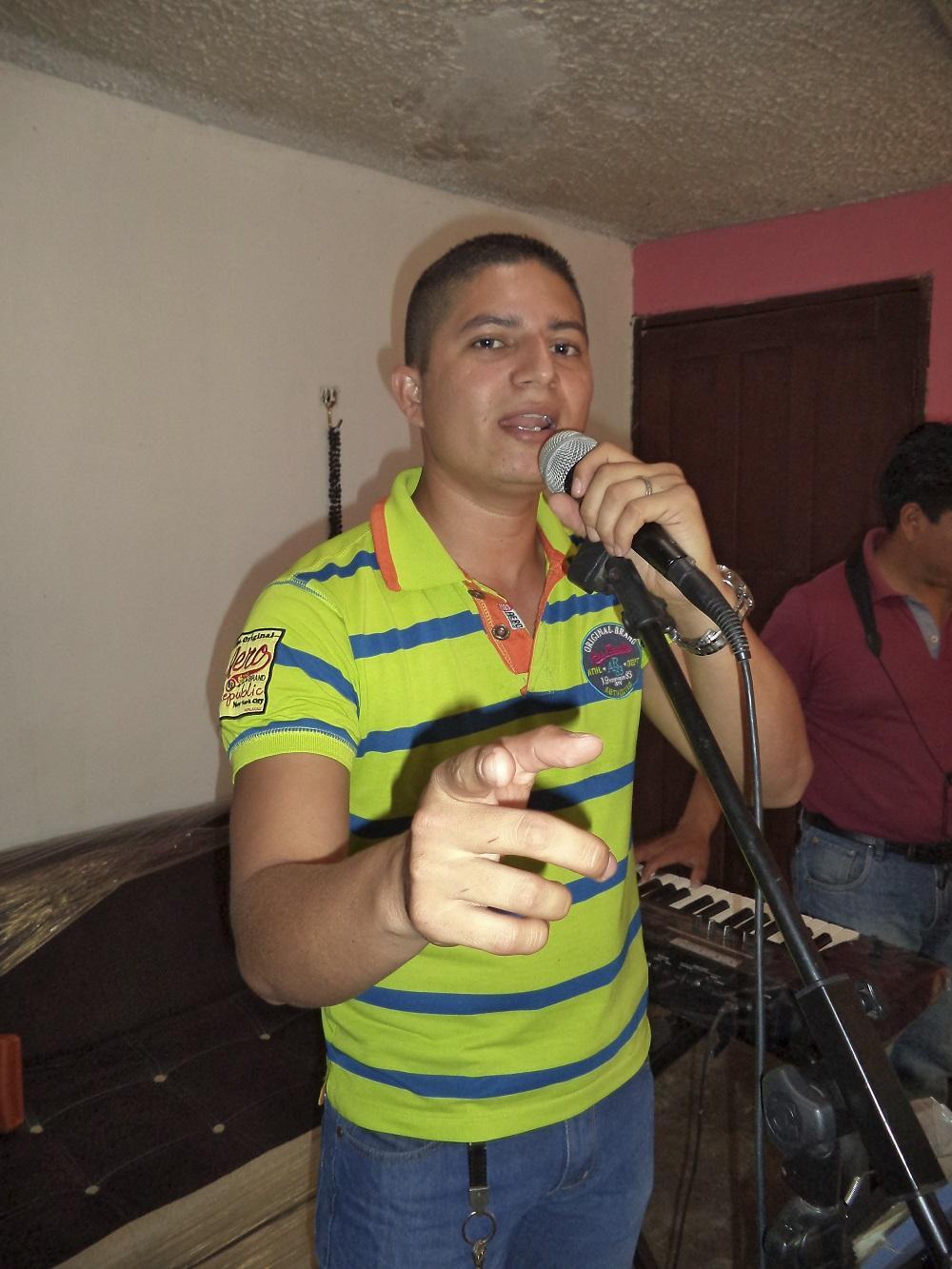 Bombero y músico
