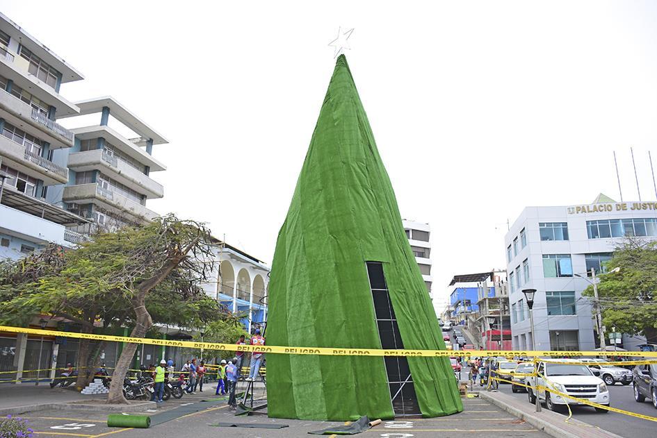 Hoy se inaugura la época navideña