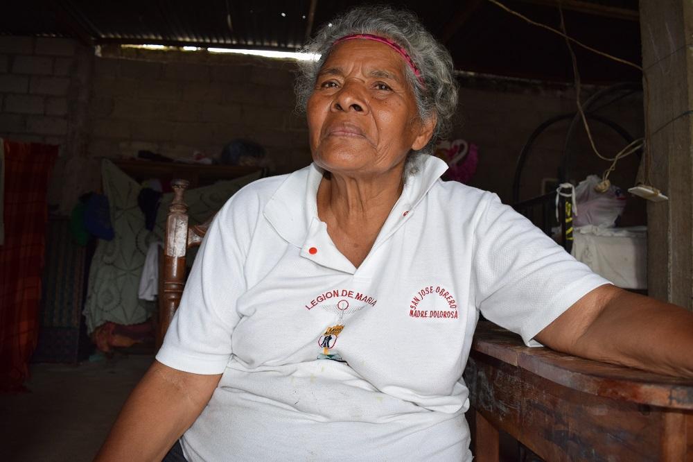 Carmen, la mujer de los 60 nietos