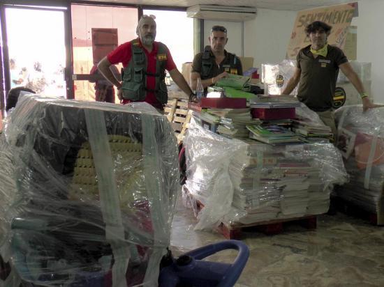 Asociación española dona 20 mil libros y 27 mil kits de aseo