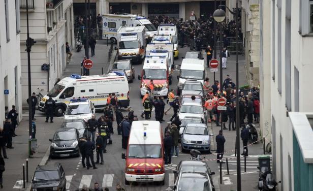 Una pareja de franceses es condenada a prisión por fingir ser víctimas del atentado de París