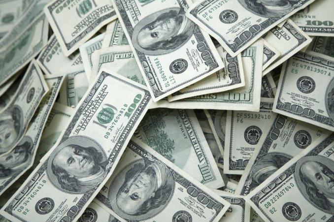 Ecuador coloca 750 millones de dólares en bonos en mercados internacionales
