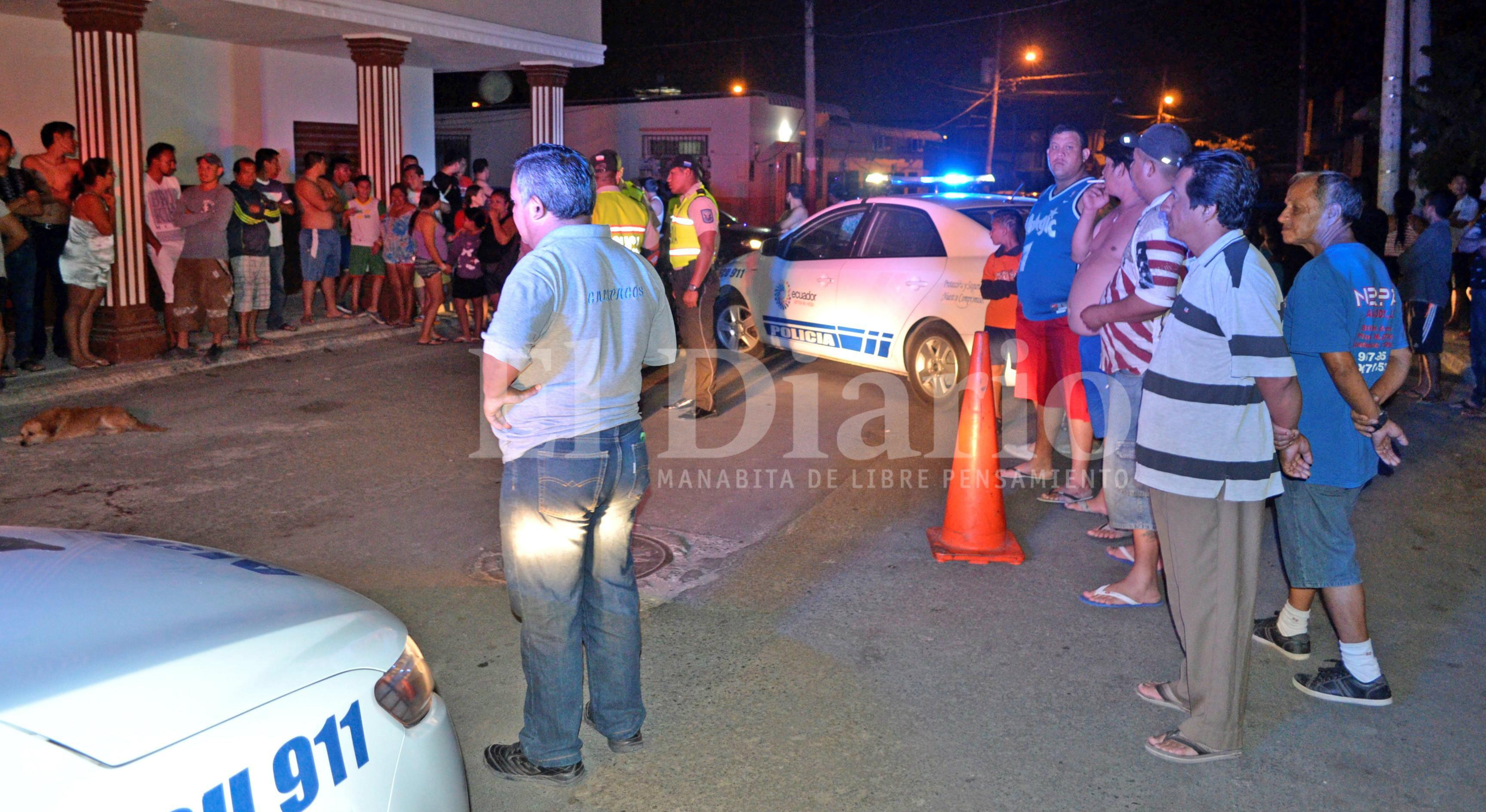 Hombre es asesinado con 39 disparos en un barrio de Manta