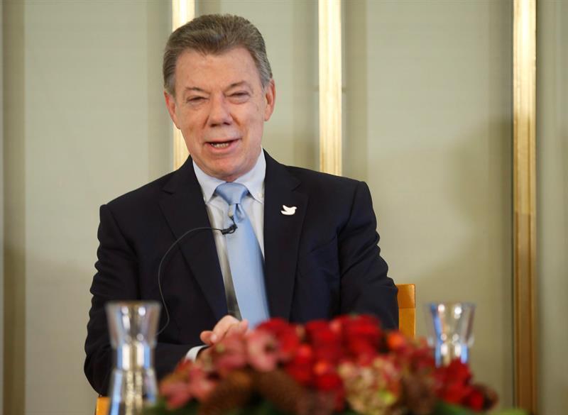 Santos afirma que el Nobel fue 'un regalo del cielo' para el proceso de paz