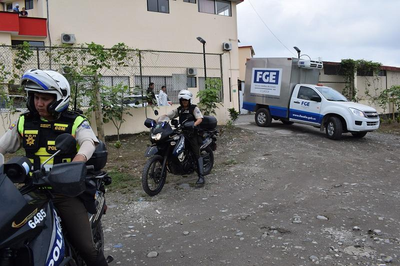 """Pillos le """"roban"""" la vida a policía"""