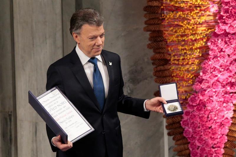 Santos recibe Nobel de la Paz con dedicatoria a Colombia y víctimas de guerra