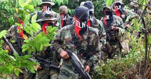 ELN envía saludo de fin de año a colombianos y afirma que seguirá buscando la paz