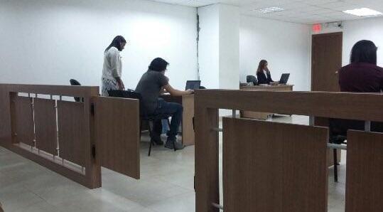 Dictan prisión para 2 vinculados en caso presunta corrupción en Petroecuador