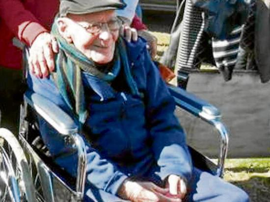 Hombre de 102 años se casará con una  mujer de 56 años