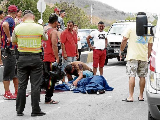 Muere arrollado en el barrio san carlos