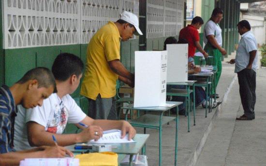Ecuador entra oficialmente desde mañana en el período de campaña electoral
