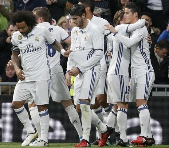 Copa del Rey: James vuelve a reivindicarse y el Madrid pone un pie en cuartos
