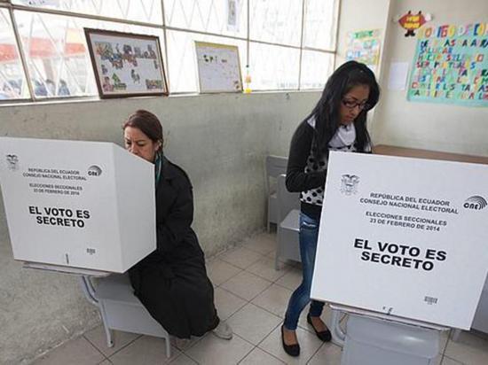 Los candidatos ya recorren el país
