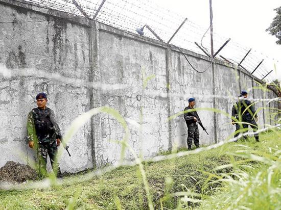 Ataque a una prisión filipina provoca fuga masiva de yihadistas