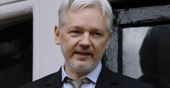 Ecuador entrega informe sobre interrogatorio de Julian Assange