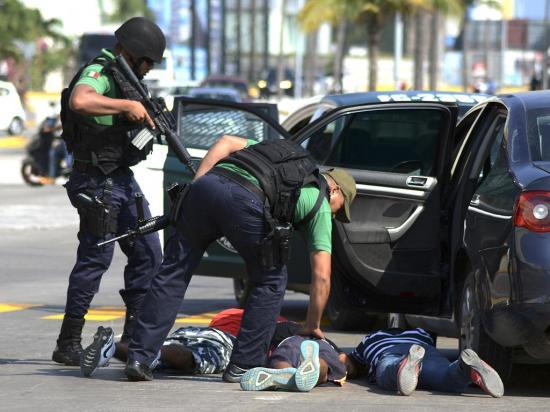 """""""Gasolinazo"""" deja un muerto, 600 detenidos y violentas protestas"""