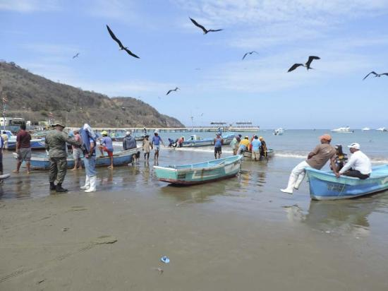 Aún esperan la construcción de muelle pesquero