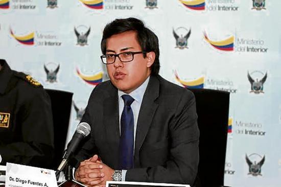 Ministro de Perú acusa a Ecuador de no seguir pasos para capturar
