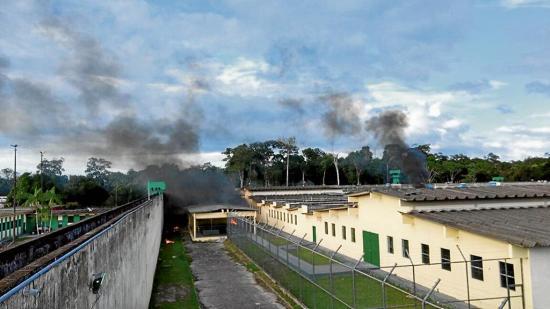 Muerte de 33 internos agrava más la crisis  carcelaria brasileña