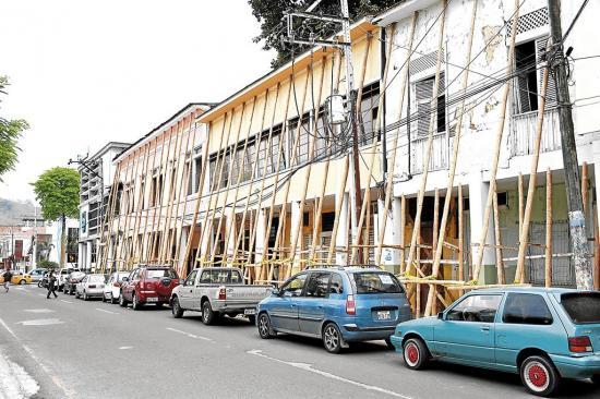 Casas patrimoniales: 30% Con graves daños o demolidas