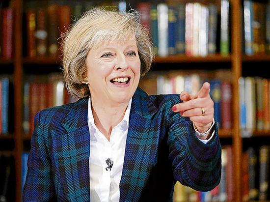 Theresa May niega que sea confusa estrategia para ejecutar el Brexit