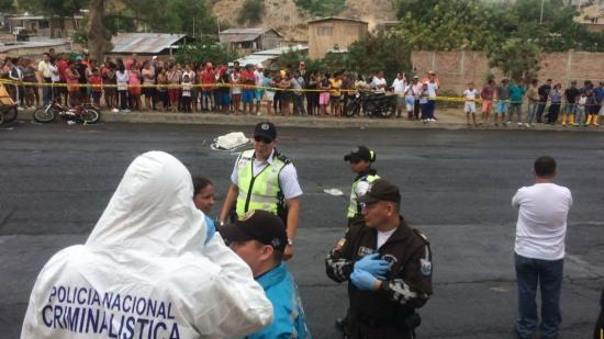 Hombre muere en accidente de tránsito en la vía Interbarrial de Manta