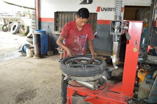 """""""Full"""" trabajo en la vía a Quevedo"""