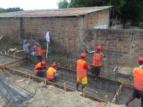 La avenida de ingreso  a Picoazá tiene un avance del 5 por ciento