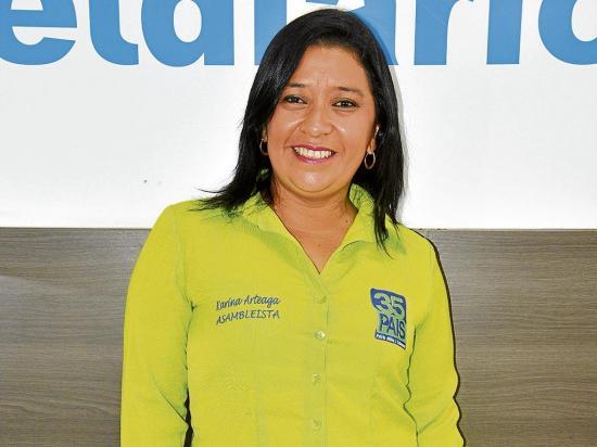 Karina Arteaga: Por un Código de Trabajo
