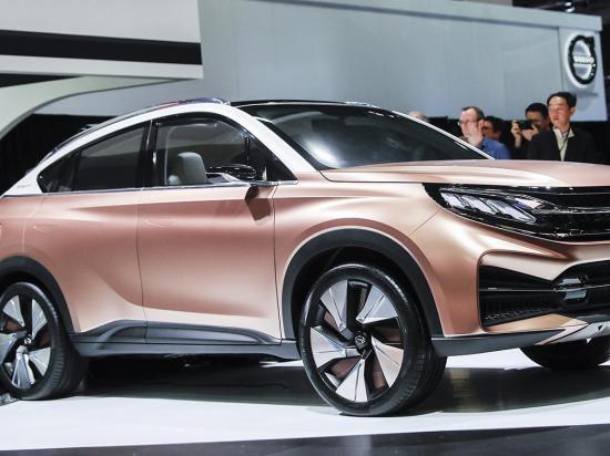 Presentan nuevos modelos de carros