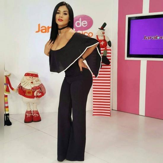 La presentadora, bailarina y cantante Dora West está embarazada