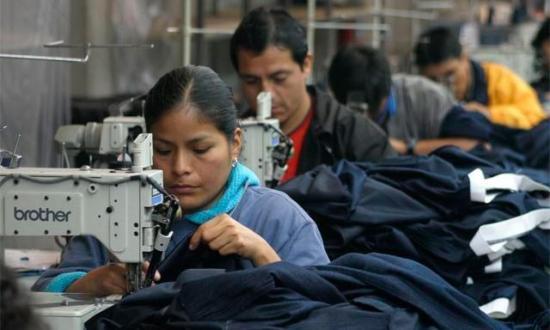100.000 empleos se generaron en 2016 en el país, según el Sercop