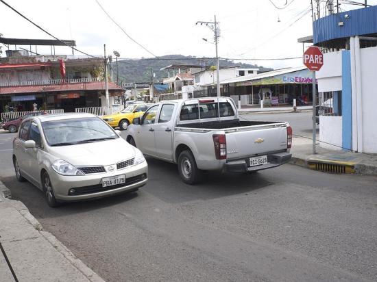 Desde el 17 de enero la calle Cicerón Robles será unidireccional