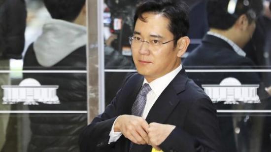 Heredero de Samsung es 'sospechoso' en escándalo de corrupción