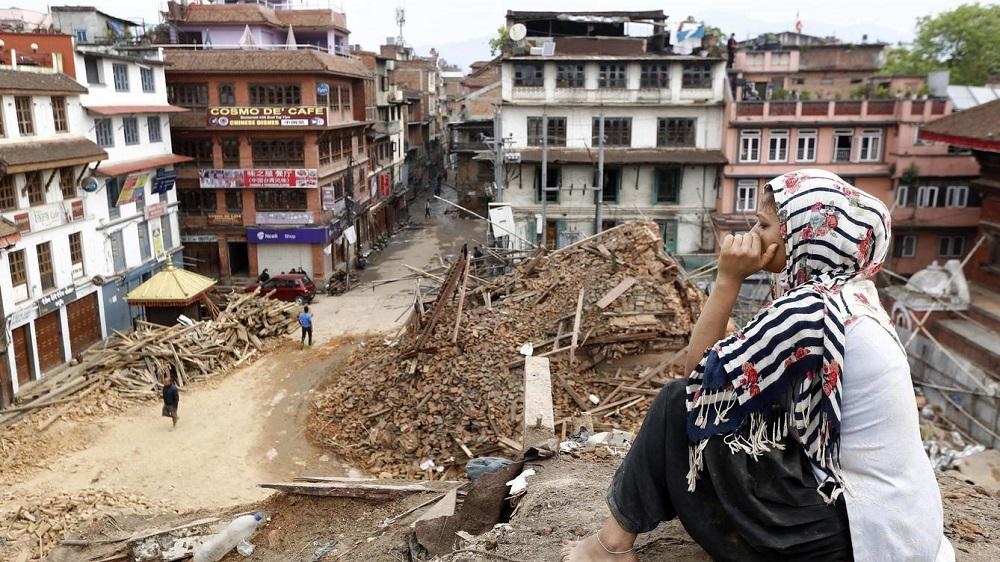 Gobierno nepalí destituye por 'fracaso' al jefe de reconstrucción tras terremoto