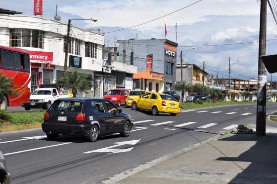Ciudadanos requieren un semáforo urgente