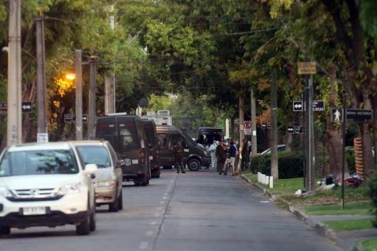 Gobierno Chile dice que presidente de Codelco sufrió heridas leves tras atentado