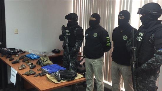 Operativo 'Tornado' deja una persona detenida y 12 armas incautadas en Manta