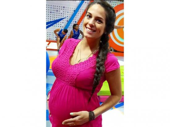 'Teté' no se aleja de  'Combate', pese a estar esperando un hijo