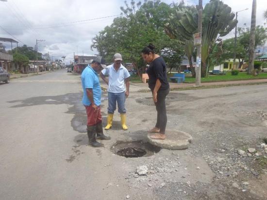 Aguas servidas en las calles