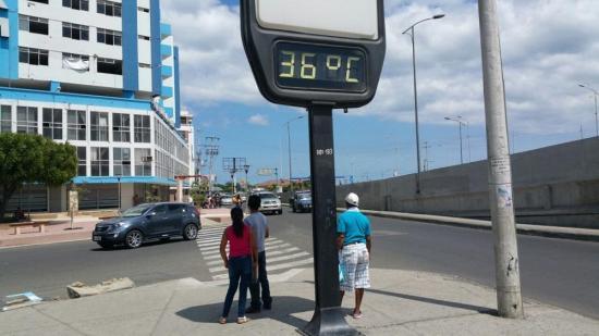 Manta soporta hoy la mayor temperatura del 2017