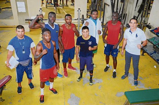 Boxeadores entrenan en Portoviejo