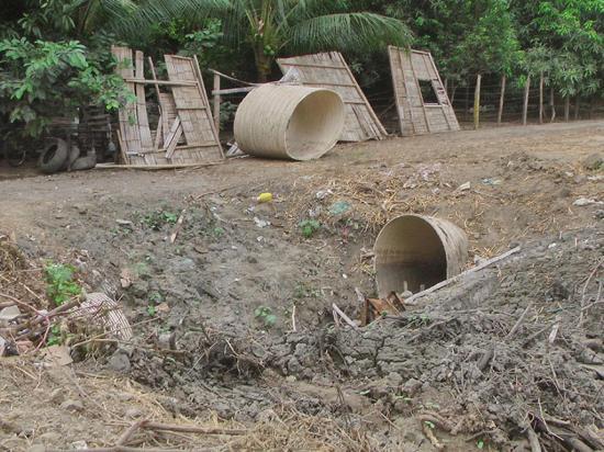 En Las Piedras piden la  reparación de colector de aguas lluvias