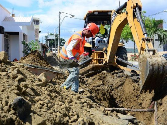 Se invierten 133 mil dólares en construcción de nuevos colectores