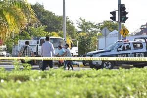 Alcalde confirma tres muertos por ataque en el balneario mexicano de Cancún