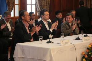 ELN liberará a excongresista y Gobierno colombiano indultará a 2 guerrilleros
