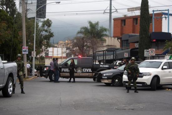 Peña Nieto dice que le 'duele mucho' el ataque de alumno en escuela mexicana