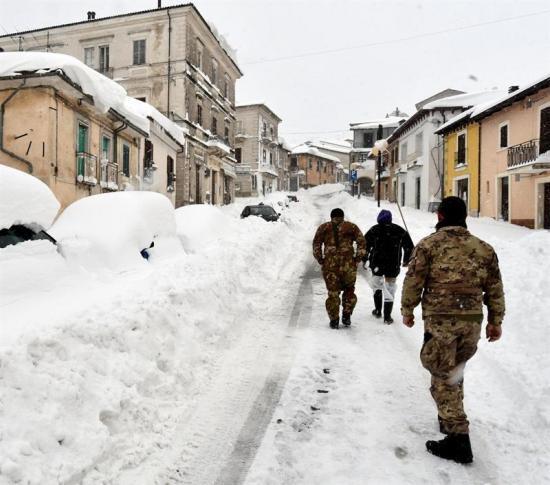 Cuatro sismos sacuden el centro de Italia, afectado por intensas nevadas