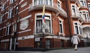 Assange y Snowden celebran la conmutación de pena a Chelsea Manning