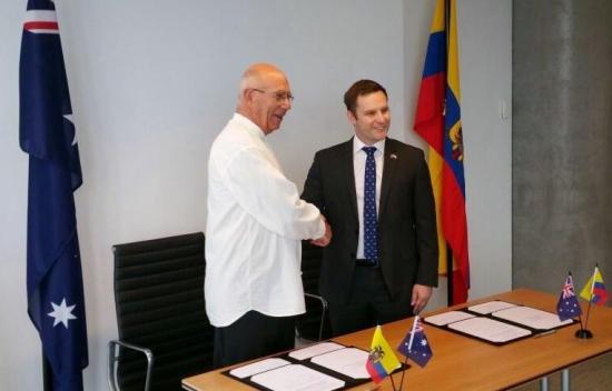 Un acuerdo permitirá a jóvenes turistas ecuatorianos trabajar en Australia